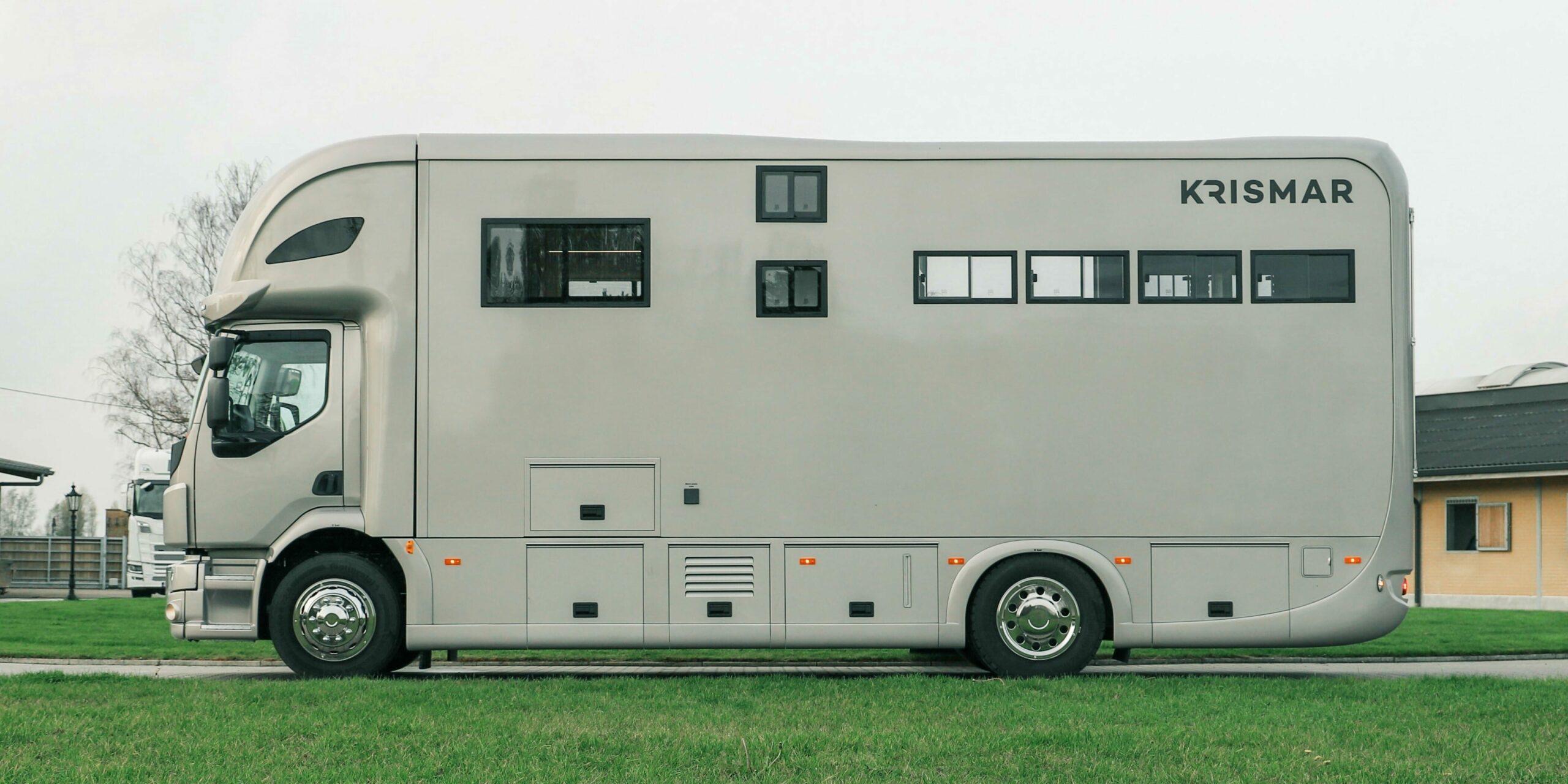 Krismar paardenvrachtwagen professional voor 4 paarden
